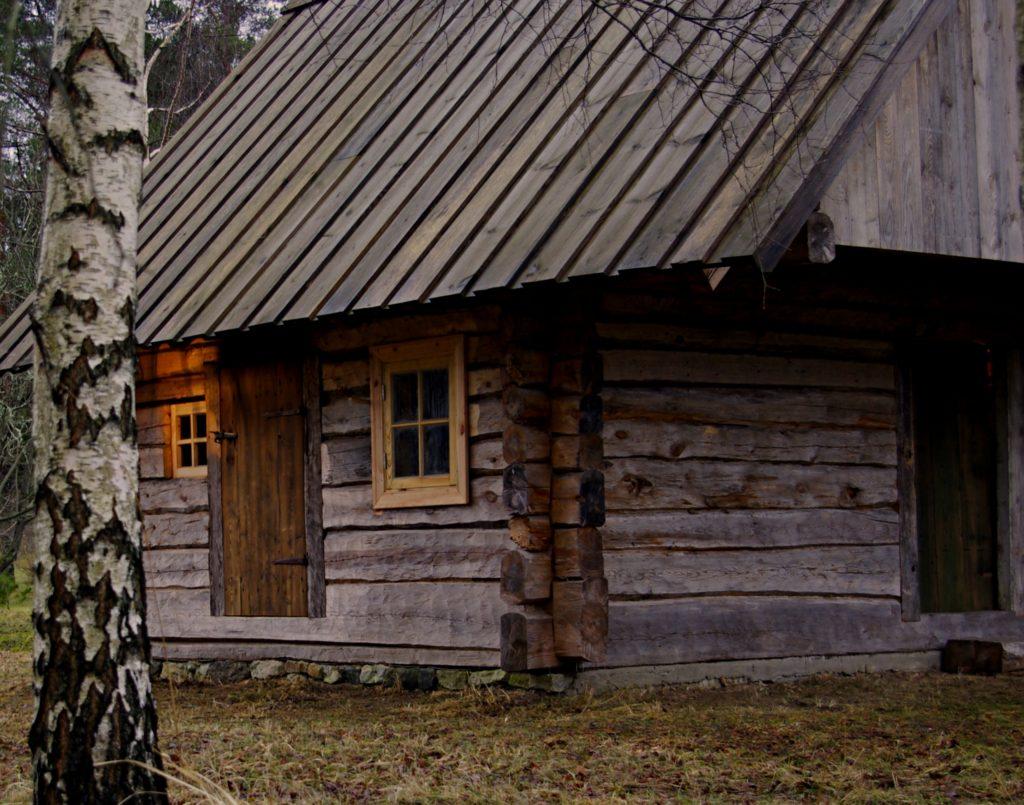 suitsusaun, taastatud, restaureeritud, palksaun, eesti traditsiooniline käsitöö