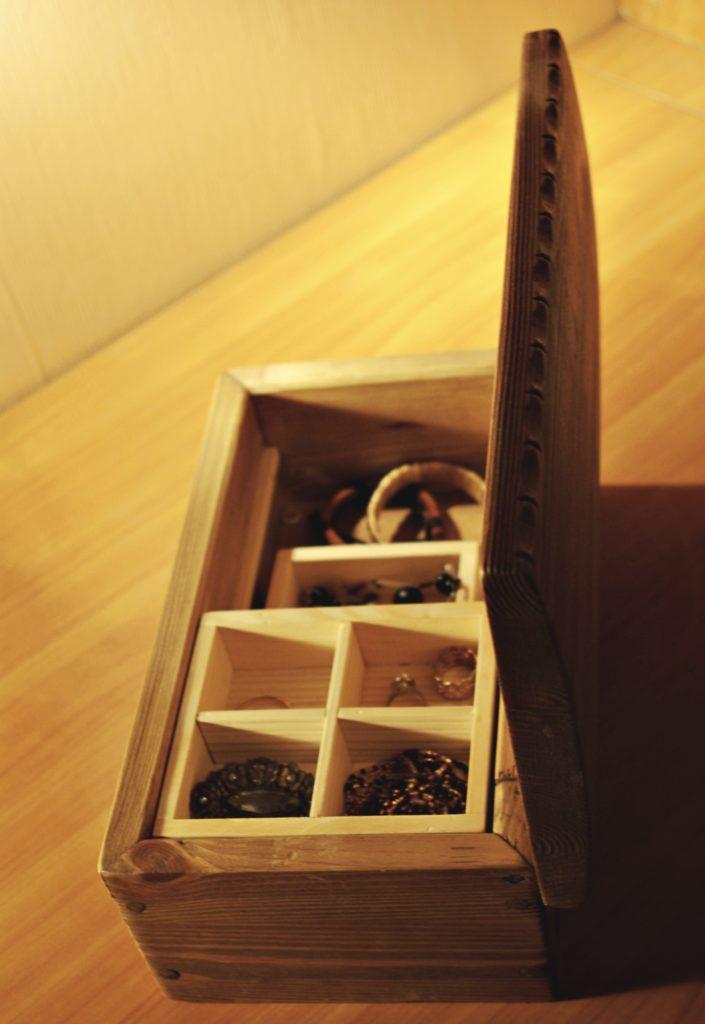 puidust karp, ehtekarp, kästiöö